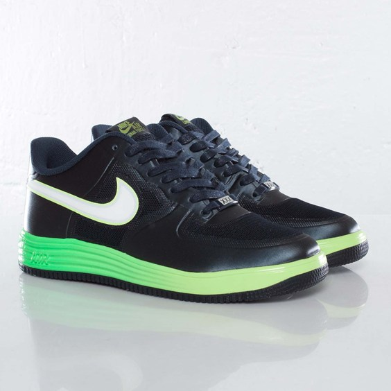 nike-lunar-force-1-fuse-nrg-obsidian-metallic-summit-white-volt-1