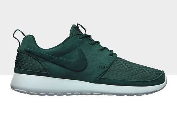 forest green roshes nike shoes