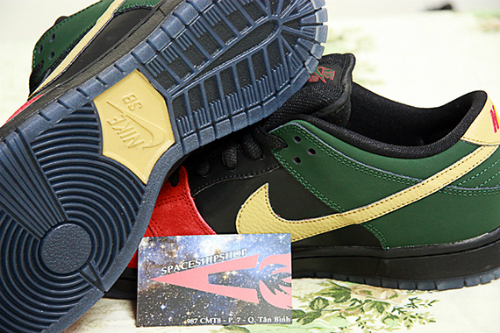 nike-sb-dunk-low-black-history-month-2013-2