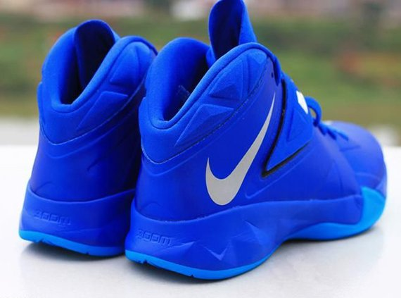nike-zoom-lebron-soldier-vii-7-game-royal-4