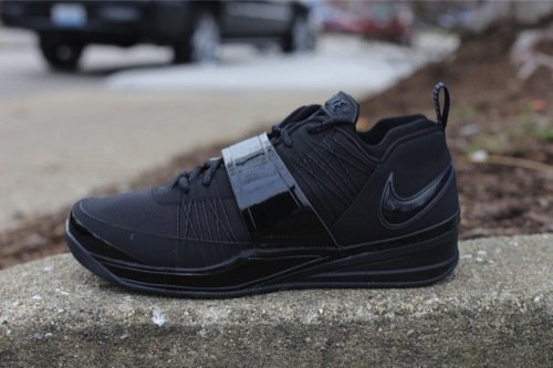 nike-zoom-revis-black-black-anthracite-1