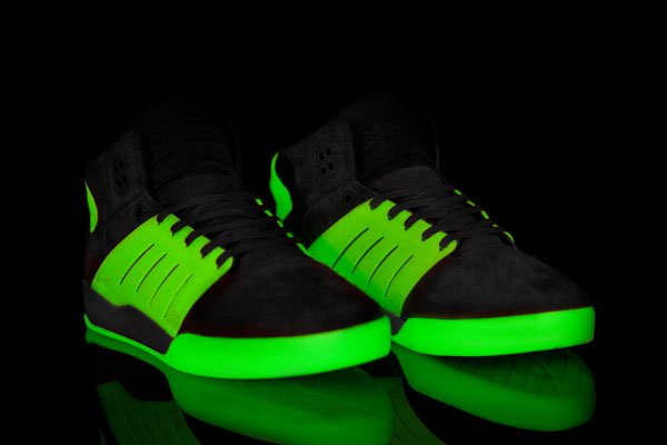 solebox-supra-skytop-iii-glow-in-the-dark-release-date-info-1