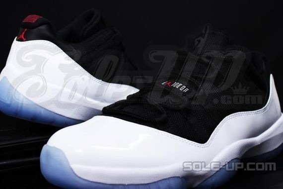 Air Jordan 11 (XI) Low Black/White Reverse Concords 2013