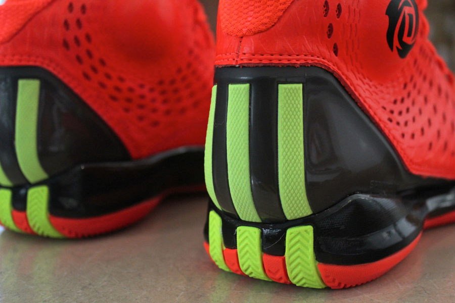 adidas-rose-3.5-the-spark-2
