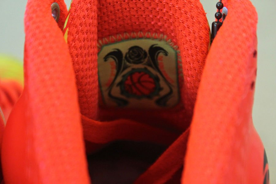 adidas-rose-3.5-the-spark-3