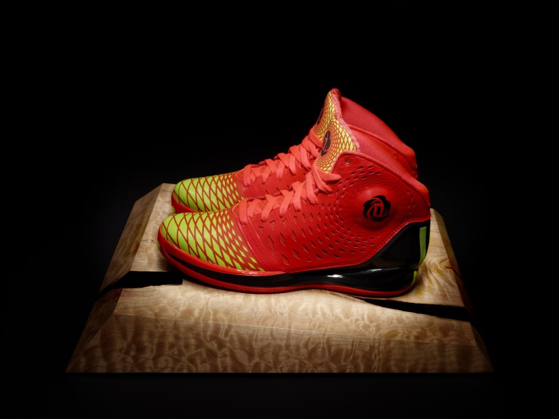adidas-rose-3.5-the-spark-now-available-2