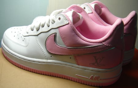 sale retailer 06ff5 59ff1 Nike Air Force One LV - Love Valentine   SneakerFiles