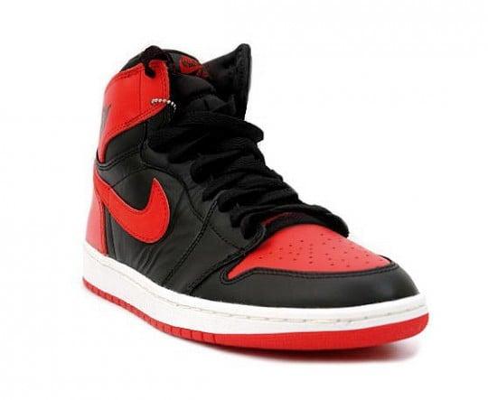 Air Jordan 1 High OG 'Black/Red' - Holiday Release