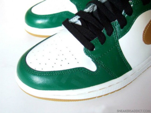air-jordan-1-high-og-celtics-10