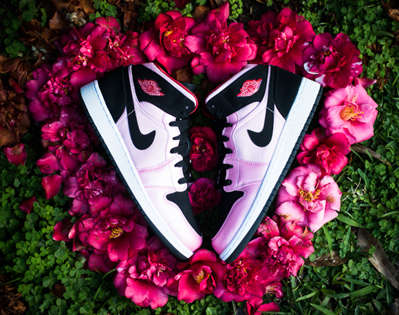 Air Jordan 1 Mid GS Valentine's Day Edition 2013 Ion Pink
