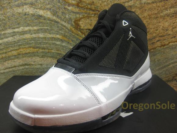 Air Jordan 16 (XVI) White/Black-University Gold 2012 Unreleased Sample
