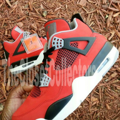 air-jordan-iv-4-fire-red-suede-new-images-1
