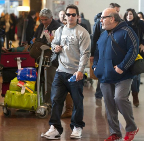 celebrity-sneaker-watch-mark-walberg-breaks-out-air-jordan-iii-3-88-retro-3