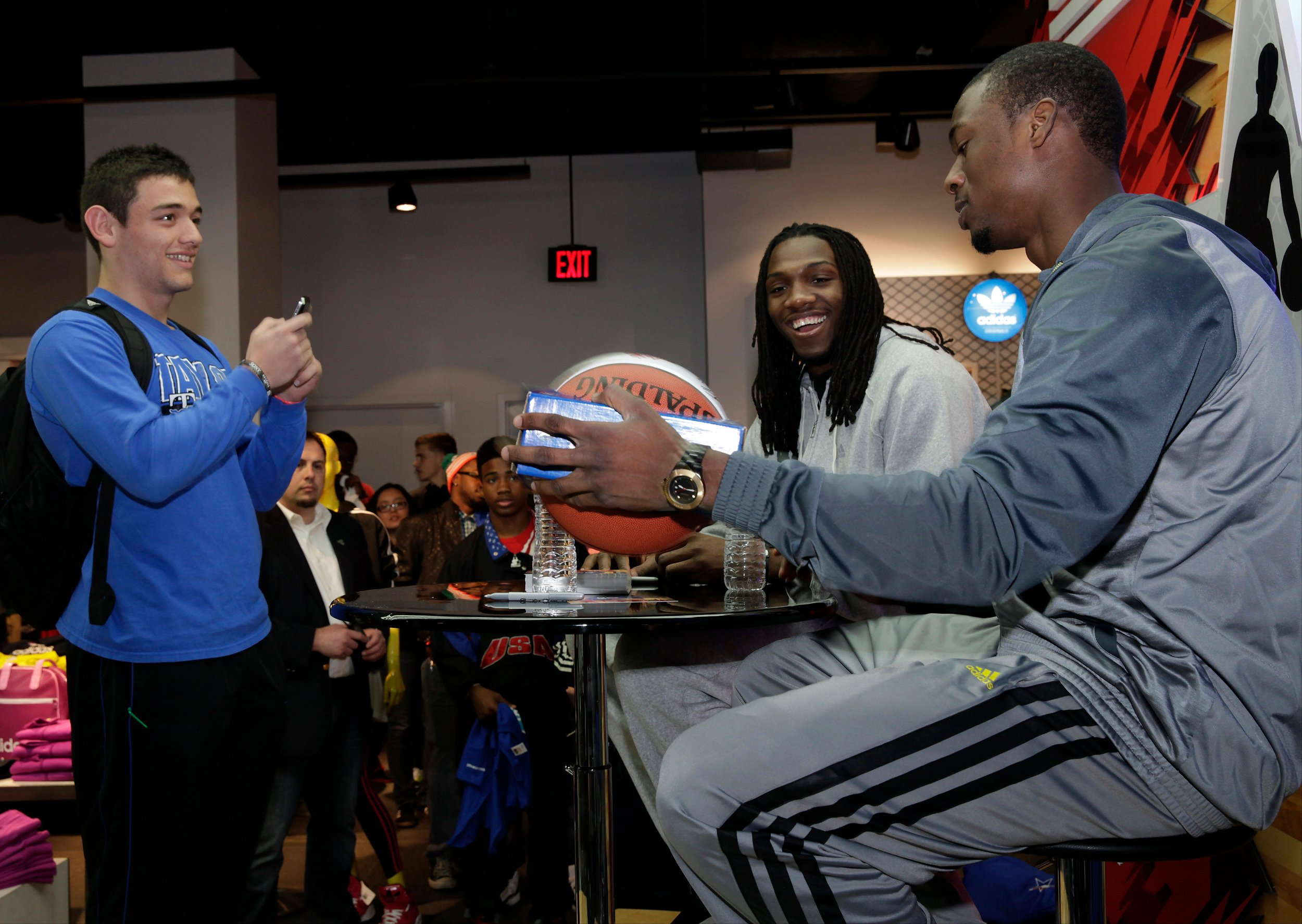 dwight-howard-jrue-holiday-ricky-rubio-and-others-celebrate-nba-all-star-weekend-5