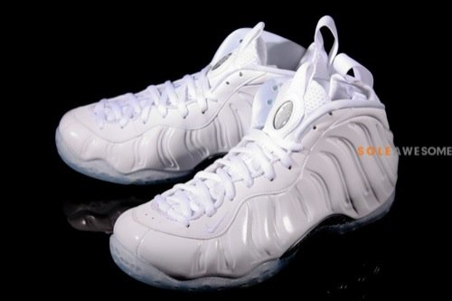 nike-air-foamposite-one-white-summit-white-detailed-images-1