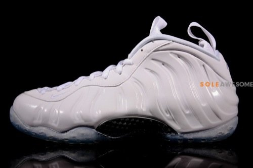 nike-air-foamposite-one-white-summit-white-detailed-images-2