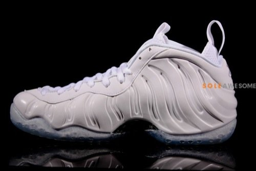 nike-air-foamposite-one-white-summit-white-detailed-images-4