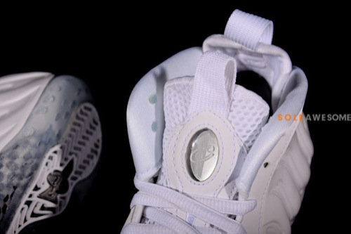 nike-air-foamposite-one-white-summit-white-detailed-images-7