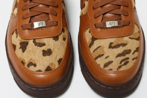 nike-air-force-1-downtown-leopard-1