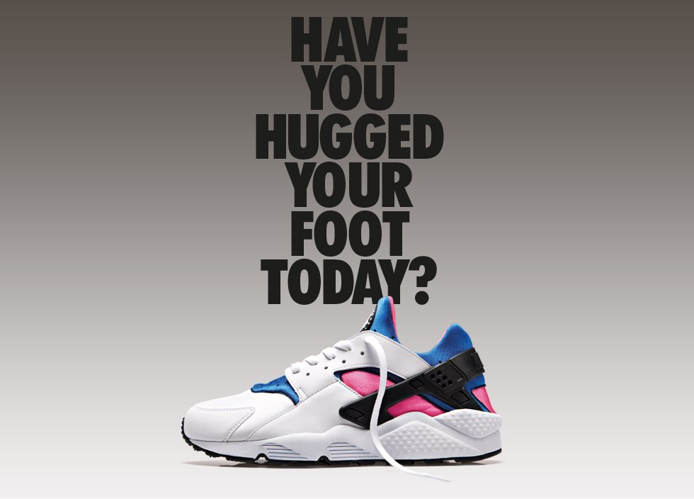 nike-air-huarache-og-white-game- royal-dynamic-pink-2
