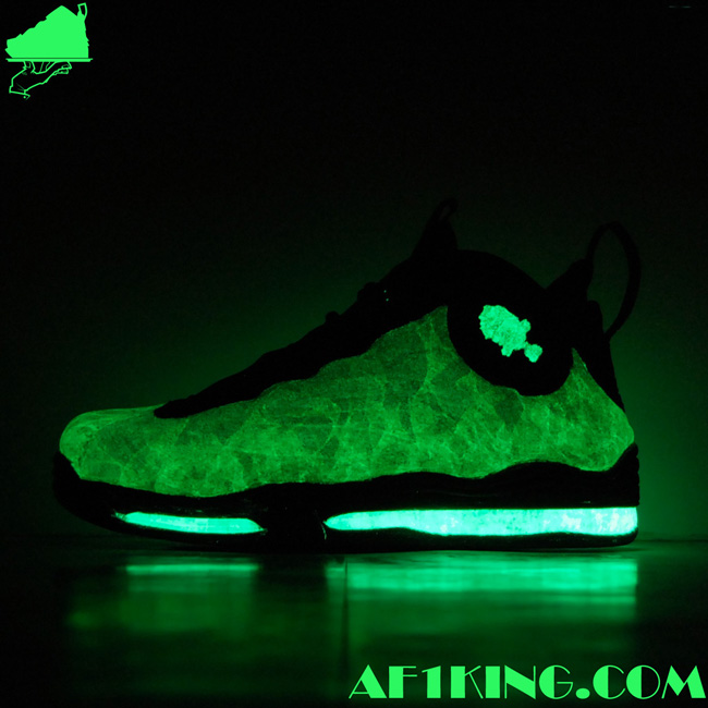 nike-air-total-foamposite-max-paraduncan-custom-6