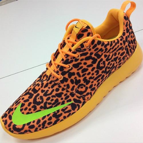 d0c418ca9ce6 Nike Roshe Run FB  Cheetah