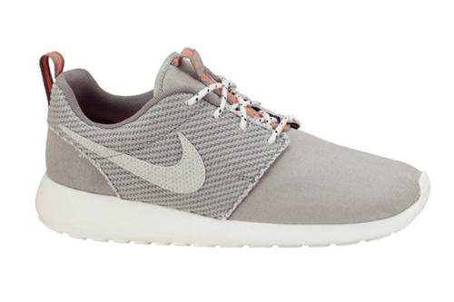 Nike Roshe Run Light Grey
