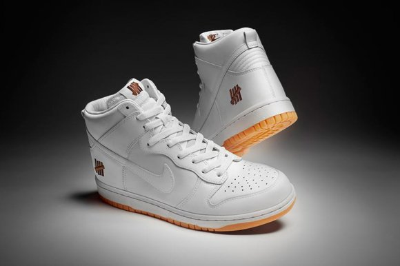 Nike x Undefeated - Bring Back Pack Dunk High Hyperdunk 2012 New Images