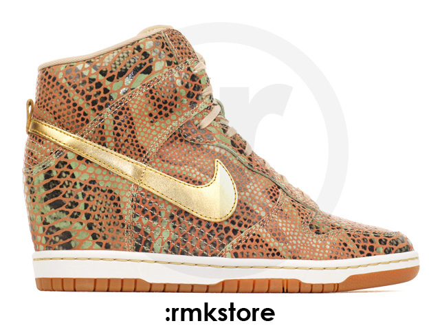 nike-wmns-dunk-sky-high-year-of-the-snake-1