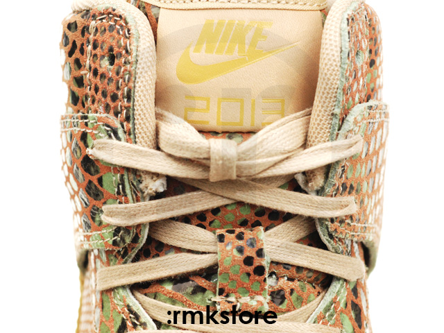 nike-wmns-dunk-sky-high-year-of-the-snake-6