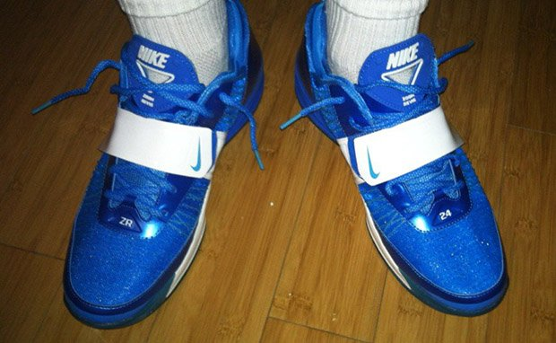 nike-zoom-revis-royal-blue-white