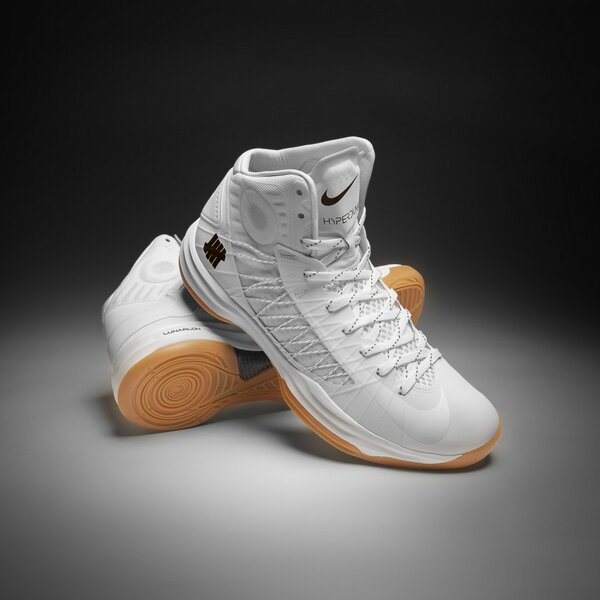 release-reminder-undefeated-nike-hyperdunk-bring-back