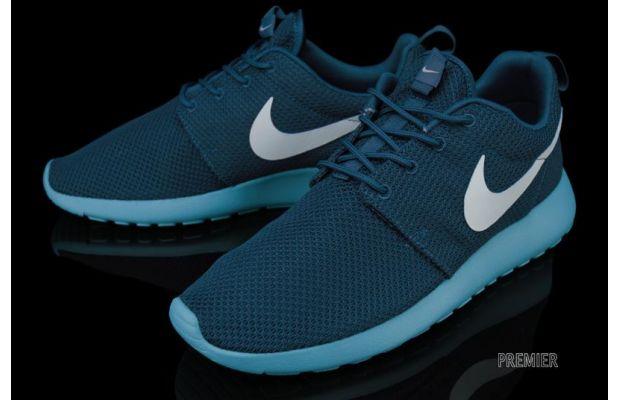 Nike Roshe Run Squadron Blue 2