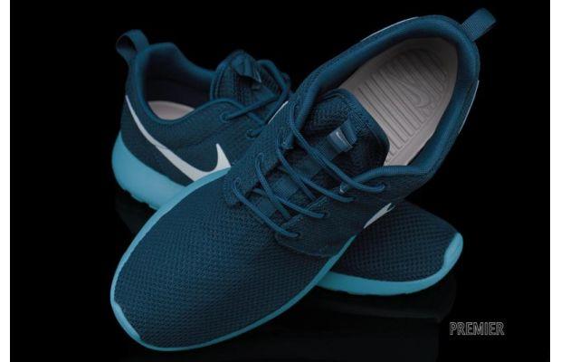 Nike Roshe Run Squadron Blue 4