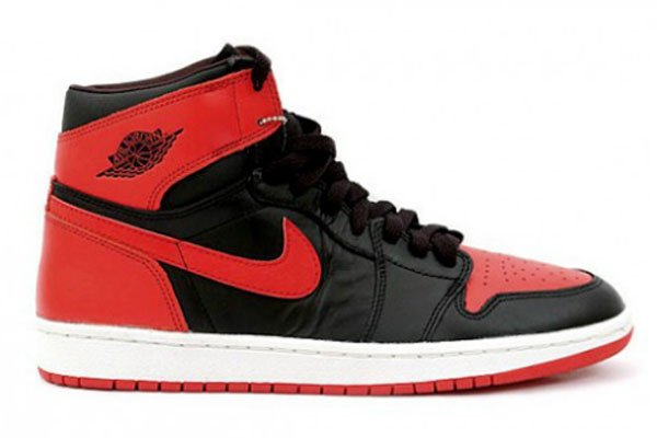 air-jordan-1-bred-2013-retro