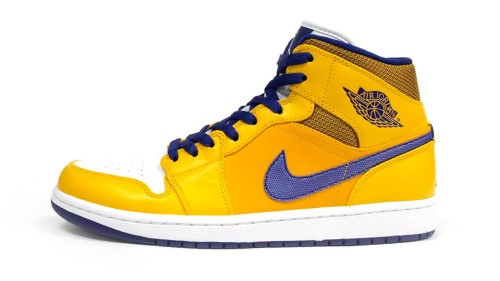 air-jordan-1-mid-lakers-3