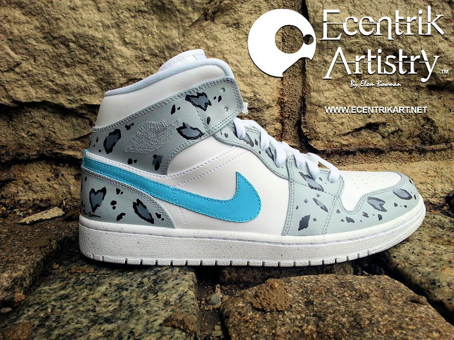 air-jordan-1-snow-leopard-custom-2