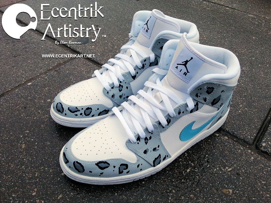 air-jordan-1-snow-leopard-custom-3