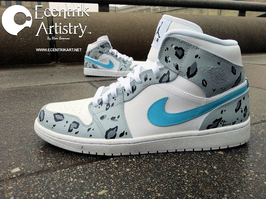 air-jordan-1-snow-leopard-custom-4