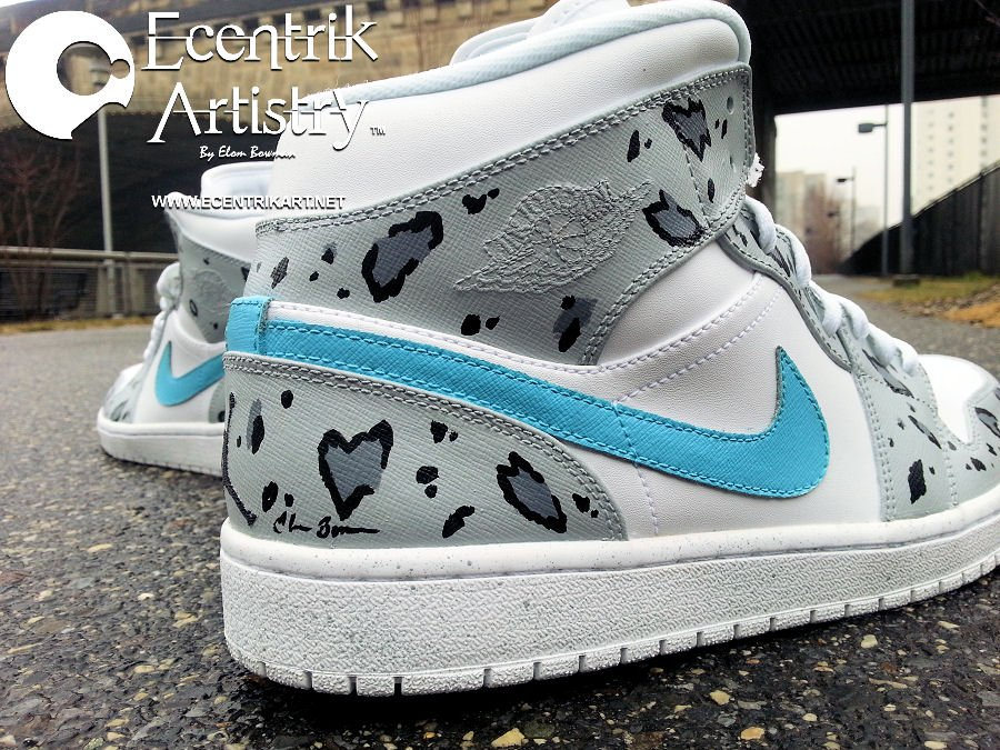 air-jordan-1-snow-leopard-custom-5