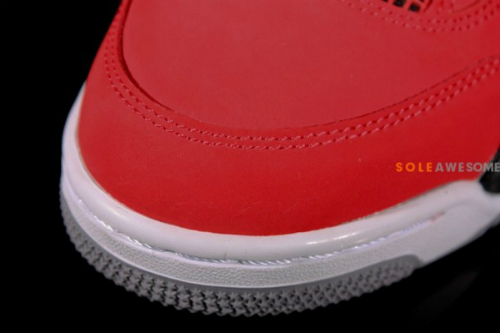 air-jordan-iv-4-fire-red-nubuck-new-detailed-images-7