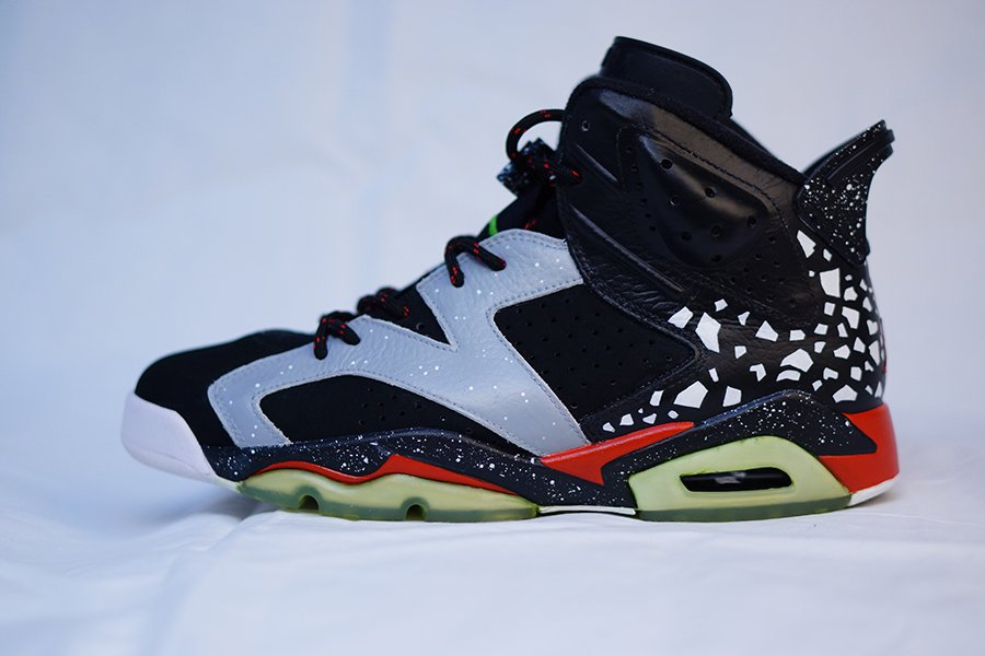 air-jordan-vi-6-raygun-custom-2