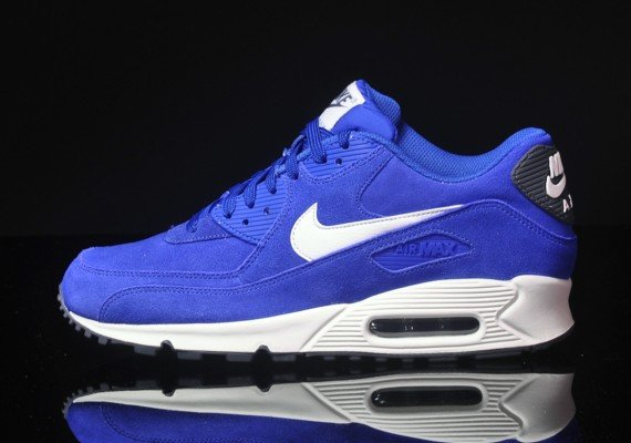 nike-air-max-90-essential-suede-pack-hyper-blue-sail-dark-grey-2