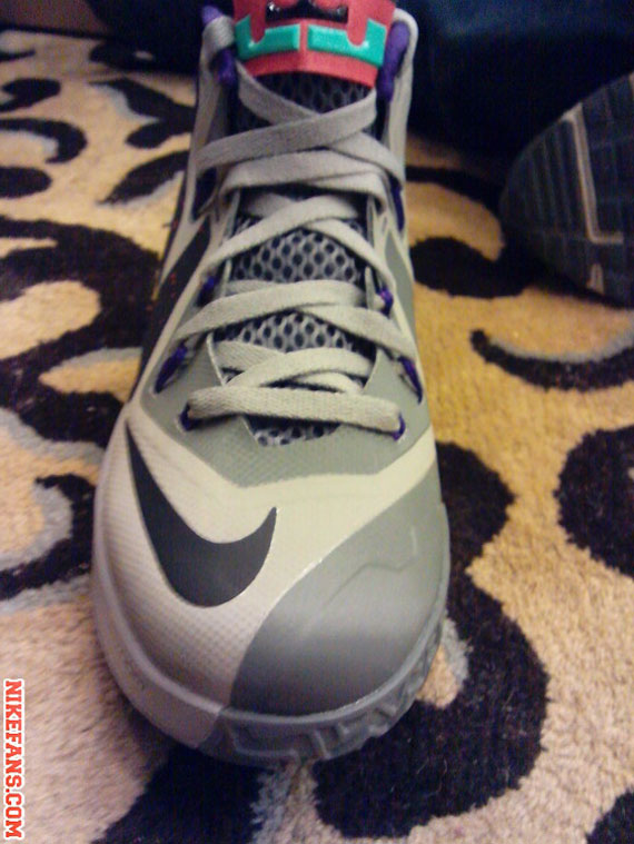 nike-air-max-lebron-ambassador-vi-6-first-look-6