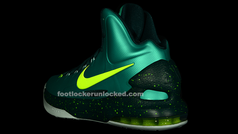 nike-kd-v-5-hulk-another-look-3