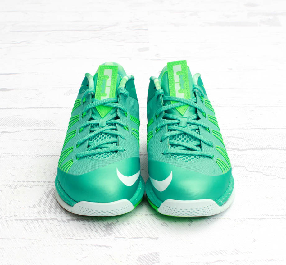 nike-lebron-x-10-low-easter-new-images-3