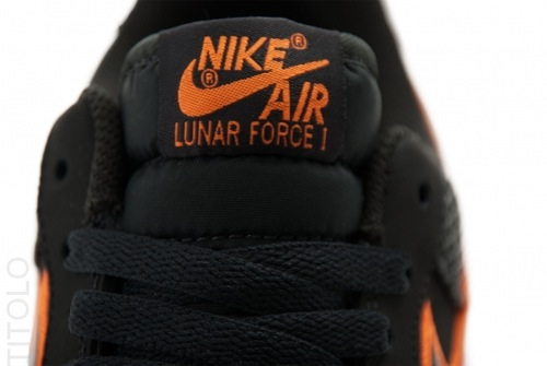 nike-lunar-force-1-leather-galaxy-swoosh-3