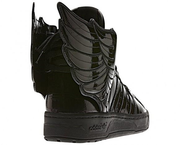Jeremy Scott Wings Blackout
