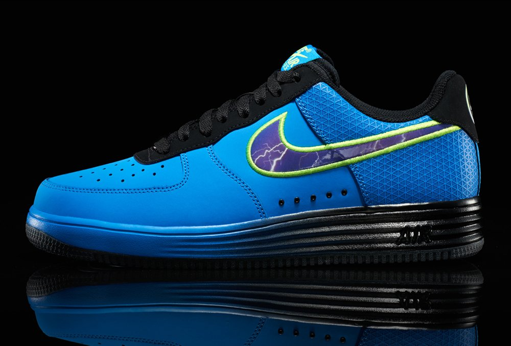 Release Reminder: Nike Lunar Force 1 Leather 'Superhuman