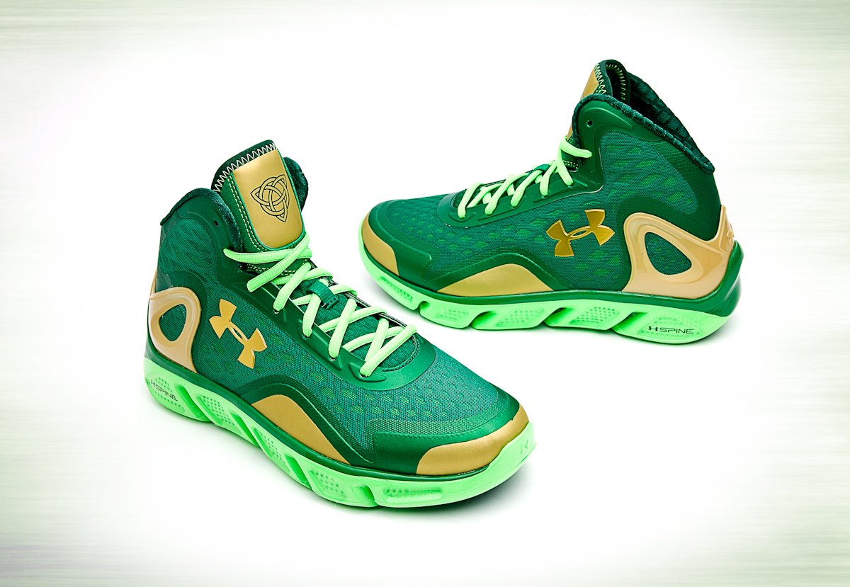 under-armour-spine-bionic-charge-bb-st-patricks-day-pack-2